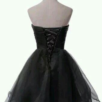 Cute Black Short Tulle Homecoming D..