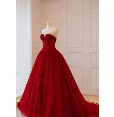 c49bf0954 2018 Real Picture Red Quinceanera Dresses V Neck Lace Applique Corset  Masquerade Ball Gown Sweet 16 Prom Dress Vestido De 15 Anos Africa