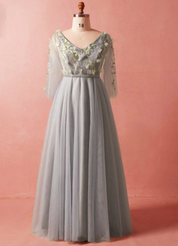V-neck Long Sleeve Tulle Floor Length Prom Dress