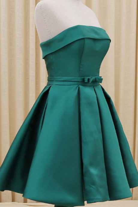 Elegant Green Strapless Handmade Short Homecoming Cocktail Dresses