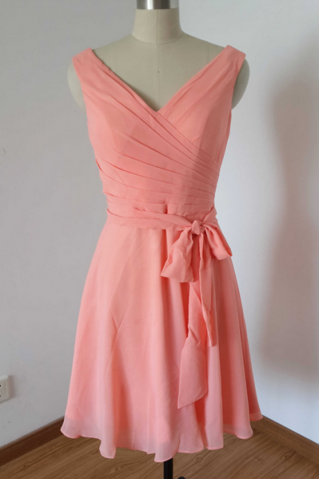 Short Chiffon Bridesmaid Dresses V-neck Homecoming Dresses