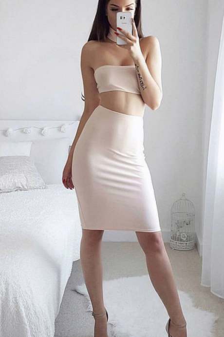 Zipper Sheath Homecoming Dress,Strapless Homecoming Dress,Knee-length Sleeveless Satin Chiffon Homecoming Dress Dresses