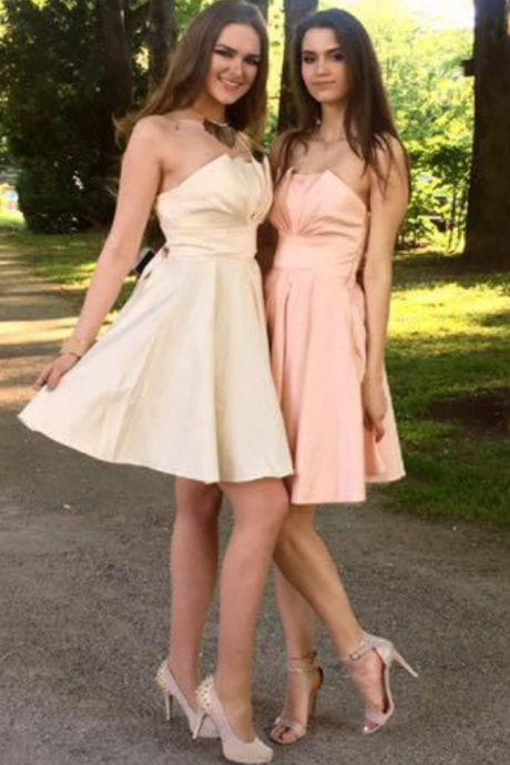 A-line Bridesmaid Dresses Straps Taffeta Short Bridesmaid Dresses