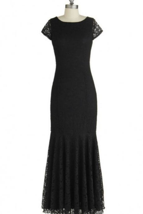 Black Mermaid Laced Prom Dress with Short Sleeves
