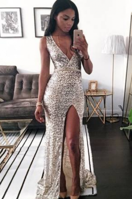 Hot Sexy V-Neck Split-Front Long Lace Prom Dress with Appliques