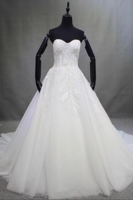 new sexy sleeveless bride wedding dress Women fashion floor length trailing wedding dress White / ivory
