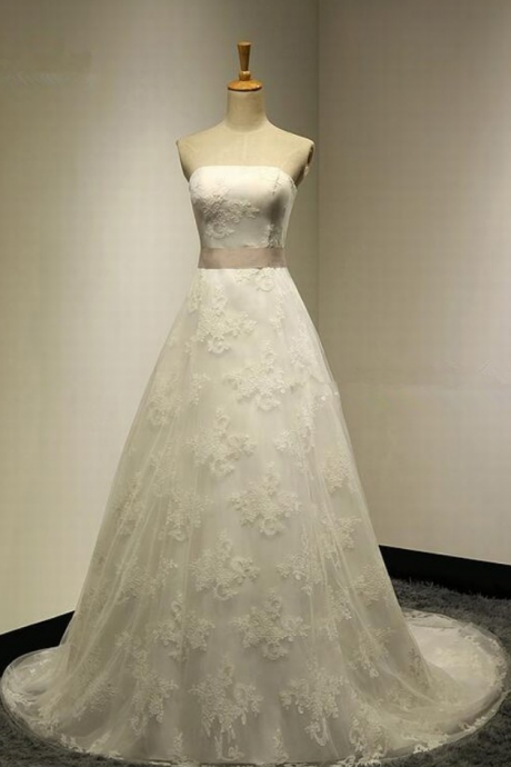 Elegant Strapless lace Wedding Dress charming Bridal Dress