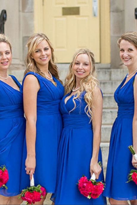 Royal Blue V-neck Bridesmaid Dresses, Short Chiffon Bridesmaid Dress with Ruching Detail, Pretty Knee-length Gowns for Bridesmaids