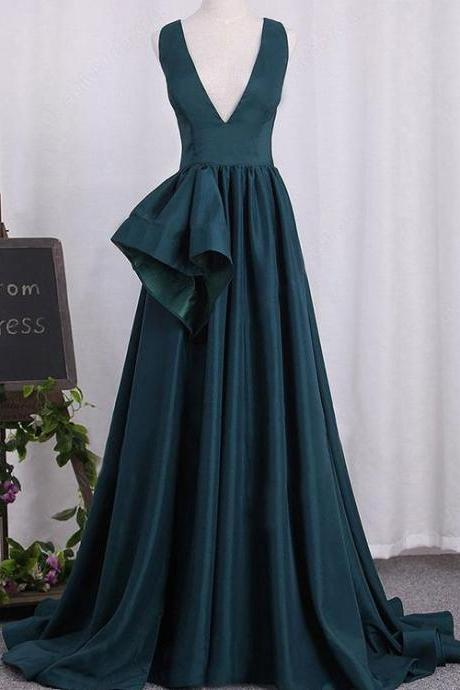 Chic Hunter Green Prom Dresses V-Neck Satin Long 2018 Pageant Gowns Court Train