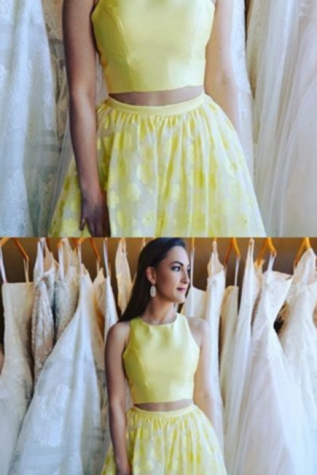 two Piece Round Neck Floor-Length Daffodil Printed Prom Dress