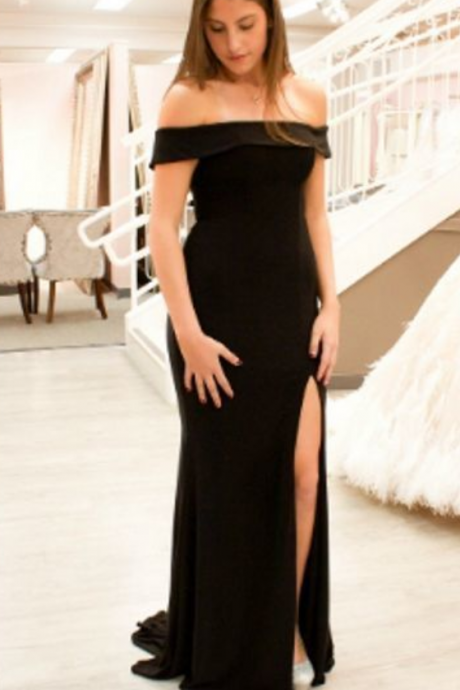 Simple Custom Made Mermaid Off-the-Shoulder Black Long Prom Dress with Split