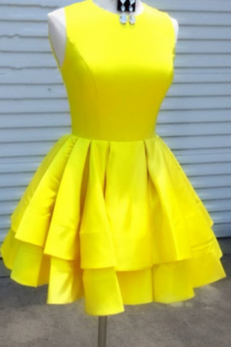 Short Yellow Satin Scoop Neckline Ruffles Hem Prom Homecoming Dresses For Semi Formal Occasions