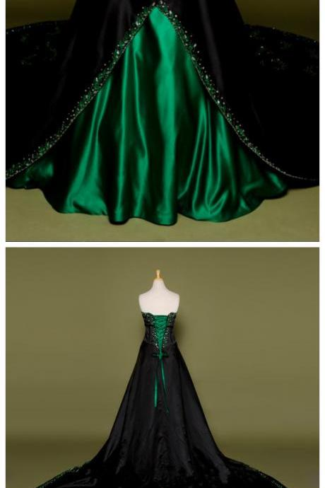Gothic Victorian Black Wedding Dress with Green Embroidery Long Stain Bridal Gown Lace up Back Vestidos de Noiva