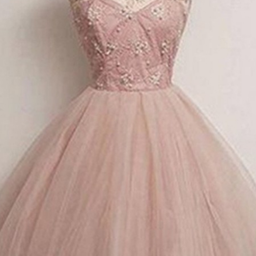 Short Sleeves Cap Sleeves Tulle O-neckline Homecoming Dresses