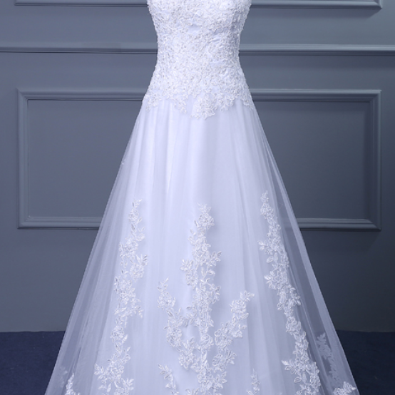 Cheap White Lace Applique Wedding Dresses with V-neck and Court Train