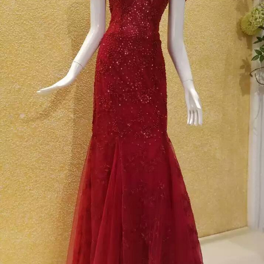 Evening Dress,Red Evening Dress,Sequined Evening Dress,Beaded Evening Dress,Mermaid Evening Dress,Off-shoulder Evening Dress,Spaghetti Straps Evening Dress,Formal Dress,Luxury Evening Dress,Floor Length Evening Dress,Exquisite Evening Dress