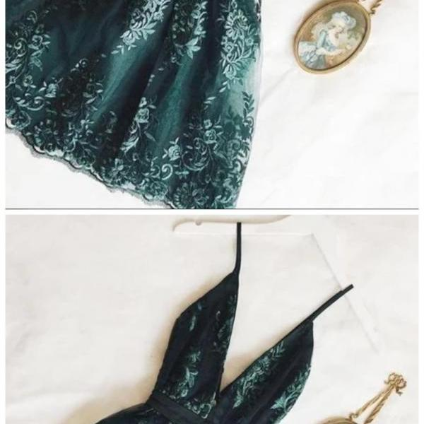 Fashion Lux short green sleeveless v-neck tulle mini dress applique spaghetti-straps homecoming dress school event dress