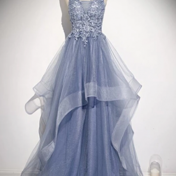 V-Neckline Straps Tulle With Lace Applique Party Gown, New Prom Dress