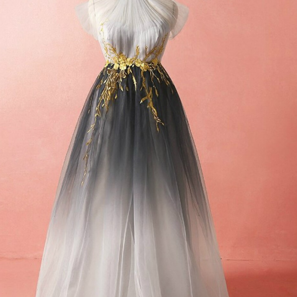 High Neck Tulle Appliques Prom Dress