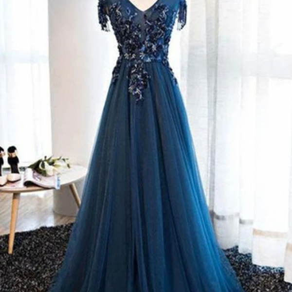 tulle long V neck cap sleeve evening dress with lace applique